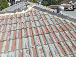 Ceramic tile roof before restoration